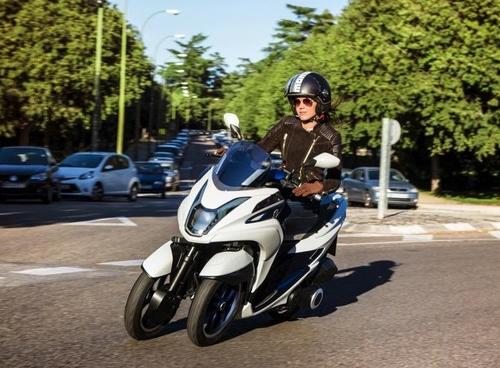 Yamaha01